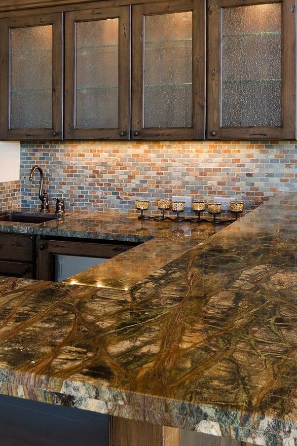 2014003-bold granite w stone tile backsplash