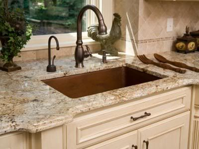 2014003-granite and travertine backsplash