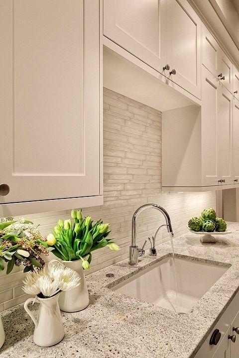 2014003-white kitchen